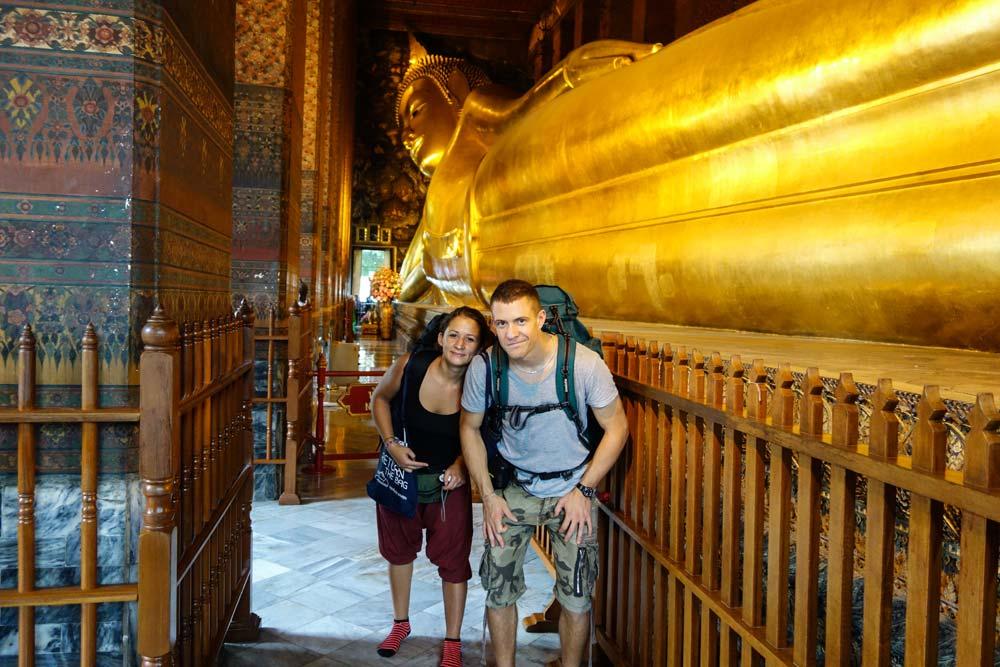 Il tempio del Buddha sdraiato a Bangkok